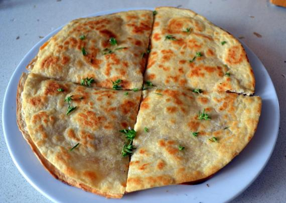 elmalı gouda peynirli quesilada